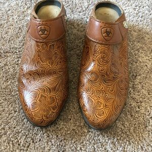 Ariat Brown Women's Leather Floral Embossed Mules